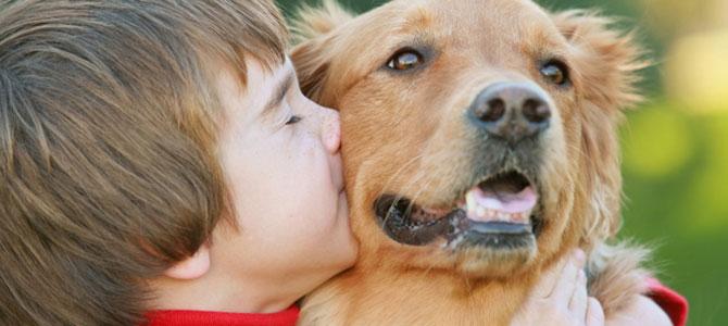 Avere un cane da piccoli previene l' ansia